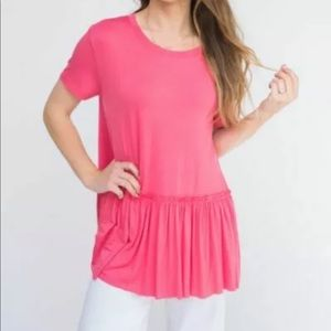 Agnes & Dora Relaxed Ruffle Tee Large